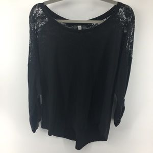 Bobbie Brooks Top With Lace